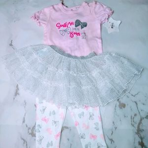 NWT 6M Outfit